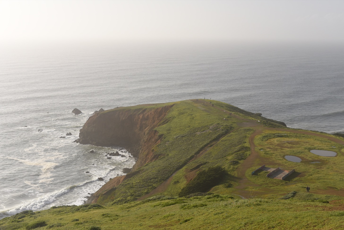 The bluffs at Mori Point.